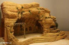 1 million+ Stunning Free Images to Use Anywhere Nativity House, Nativity Stable, Christmas Nativity Scene, Nativity Crafts, Christmas Crib Ideas, Christmas Makes, Christmas Crafts, Christmas Decorations, Fontanini Nativity
