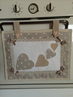 #copriforno#shabby#fattodame#handmade Cute Sewing Projects, Sewing Crafts, Fabric Structure, Love Sewing, Small Gifts, Fabric Crafts, Diy And Crafts, Projects To Try, Quilts