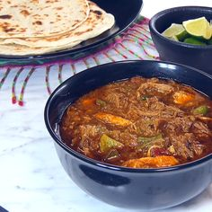 Hatch Green Chile Colorado Style, with pork. Feed a crowd with this popular Southwestern stew. Hatch Green Chili with Pork, a Colorado Style Green Chili Recipe. Colorado Style Green Chili Recipe, Hatch Green Chili Recipe, Green Chili Pork, Green Chili Recipes, Hatch Chili, Pork Recipes, Mexican Food Recipes, Cooking Recipes, Cooking Tips