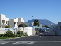 View Amies Self Catering Apartments and all our other Accommodation listings in Cape Town. Cape Town, Apartments, Catering, Self, Mansions, House Styles, Flexibility, Website, Space