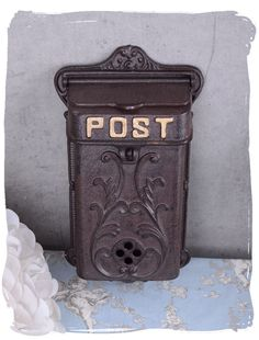 Retro mailbox antique style wall mailbox country style