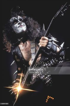 Gene Simmons-Kiss........