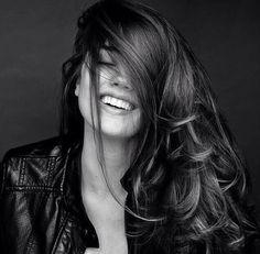 The look of joy Portrait Foto Portrait, Portrait Studio, Female Portrait, Girl Photography Poses, White Photography, Woman Portrait Photography, Smiling Photography, People Photography, Fotografie Portraits