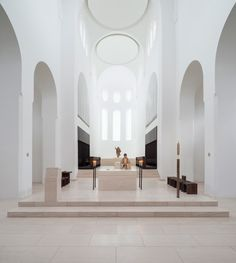 Church of St Moritz, Augsburg, GermanyLighting design: Mindseye Architect: John Pawson ArchitectsFounded in the Church of St Moritz is the oldest in Augsburg. Sacred Architecture, Church Architecture, Religious Architecture, Interior Architecture, Interior Design, Sustainable Architecture, Landscape Architecture, Contemporary Architecture, Contemporary Design