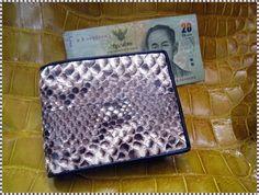 Mens Diamon Python  leather skin  Bifold wallet vitang by Ossora