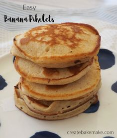 These easy Banana Pikelets make a yummy morning or afternoon tea and are also great for school lunch boxes. Both regular and Thermomix instructions included. Lunch Box Recipes, Brunch Recipes, Sweet Recipes, Breakfast Recipes, Delicious Recipes, Easy Recipes, Healthy Lunchbox Snacks, Quick Snacks, Thermomix Pancakes