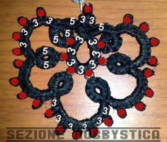 Chiacchierino schemi - Tatting free pattern - frivolitè - gratis - qualcosadime Needle Tatting, Tatting Lace, Needle Lace, Tatting Earrings, Tatting Jewelry, Bead Crochet, Crochet Necklace, Tatting Patterns, Lost Art