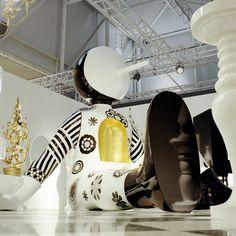 More Hayon Studio. Sculpture Art, Sculptures, Kids Cafe, Korean Art, Land Art, Light Art, Wonders Of The World, New Art, Art Decor
