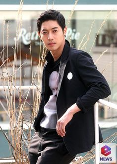 nice [News Update] Keyeast Explains Discrepancy Between Kim Hyun Joong and Ex-Girlfriend's stances on Pregnancy Issue Brad Pitt, Korean Celebrities, Korean Actors, Kim Joong Hyun, Ji Hoo, Hallyu Star, Kim Woo Bin, Boys Over Flowers, Photo Black