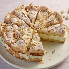 Zitronen-Sahne-Torte Rezept Recipe for lemon cream cake with food and drink. A recipe for 10 people. Lemon Recipes, Baking Recipes, Sweet Recipes, Cake Recipes, Drink Recipes, Lemon Meringue Cake, Lemon Cream Cake, Cream Pie, German Desserts