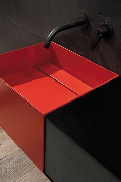 Zero20 By Moab 80, €1,678.00  lavabo rettangolare in lamiera, ampio lavabo sospeso, con scarico a scomparsa, in lamiera di acciaio verniciata a colore.