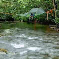 Share if you fancy it! @tentsile @best_fishing_fails #sunrayflyfish #microthin fly lines.