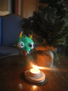 #Advent mit Filo Advent, Christmas Ornaments, Holiday Decor, Home Decor, Xmas, Xmas Ornaments, Homemade Home Decor, Christmas Jewelry, Christmas Baubles
