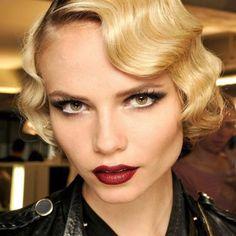Comment Faire, Maquillage, Coiffures, Haute Couture, 2009 Couture, Vague, Luxury Artisanat, Artisanat Joaillerie, Mariage Gatsby