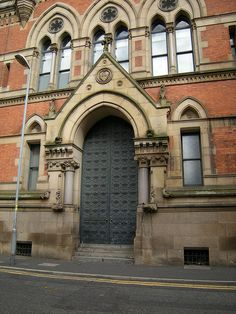 Big old door  Court Building, Manchester