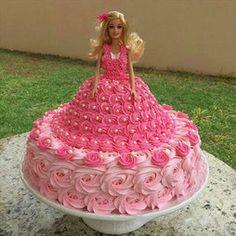 Barbie Doll Birthday Cake, Barbie Torte, Bolo Barbie, New Birthday Cake, Barbie Cake, Barbie Barbie, Fun Cupcakes, Cupcake Cakes, Minnie Cupcakes