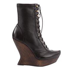 MQ   Victoria Wedge Boot