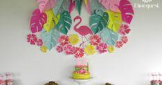Todos los detalles de esta increíble merienda para el cumpleaños número 13 de Dolores. Con temática flamenco tropical.                    ... Minnie, Home Decor, Oreo Bars, Tropical Party Decorations, Flamingo Party, Decoration Home, Room Decor, Home Interior Design, Home Decoration