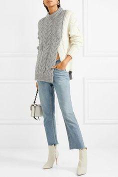Knitting Patterns Sweaters MONCLER cozy Two-tone cable-knit sweater Cable Knit Sweaters, Long Sweaters, Pullover Sweaters, Sweater Knitting Patterns, Knitting Designs, Knit Fashion, Sweater Fashion, Vogue Knitting, Free Knitting