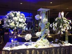 all white at the Crest Hollow Country Club showcase. Contact us at Distinctive Floral Design 516.742.4800 located in Mineola, NY