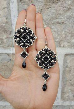 Earrings Mosaic- beading pattern - - Earrings Mosaic- beading pattern Gemstone Earrings For Women Ohrringe Mosaik Perlenmuster Brick Stitch Earrings, Seed Bead Earrings, Beaded Earrings, Beaded Bracelets, Seed Beads, Stretch Bracelets, Beaded Jewelry Patterns, Bracelet Patterns, Beading Patterns