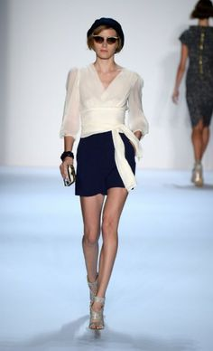 NY Fashion Week (Spring 2014): Badgley Mischka