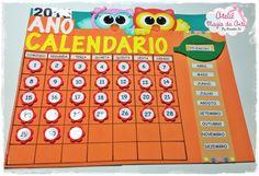 Calendário feito em e.v.a. no tema corujinhas  Ideal para sala de aula.    Largura: 55.00 cm  Comprimento: 64.00 cm    Obs. Modelinho e cores de botões, tecido e fitas podem sofrer pequenas alterações.