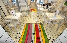 "Интерьер кафе ""Kluska Polska"" в Варшаве (трафик) / Арт-объекты /"