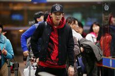 Exo airport fashion Chanyeol