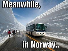 Meanwhile in NORWAY :P #norway #roadphotography #bus