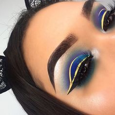 Mar 2020 - Browse the top-ranked list of Colorful Makeup. See more ideas about Makeup, Colorful makeup and Makeup inspiration. Baddie Makeup, Glam Makeup, Skin Makeup, Makeup Inspo, Eyeshadow Makeup, Makeup Art, Makeup Inspiration, Eyeshadows, Cut Crease Eyeshadow