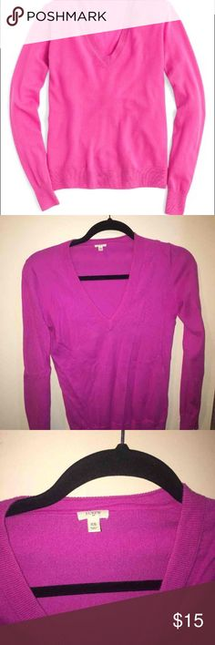 Jcrew Sweater Jcrew sweater. Size xs. In good condition only worn once J. Crew Sweaters V-Necks