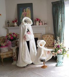 Neu Weiß/Elfenbein Hochzeit Winter Hochzeits Mantel Kap Pelz Cape Knöchel-Längen