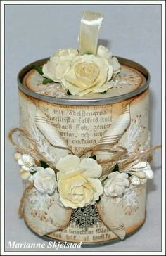 Trendy Shabby Chic Art Tin Cans Ideas Tin Can Crafts, Diy And Crafts, Arts And Crafts, Paper Crafts, Shabby Chic Crafts, Vintage Crafts, Vintage Paper, Altered Tins, Altered Bottles