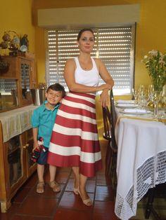 Blog Femina - Modéstia e Elegância: Saia listrada vermelha e branca em nosso Natal