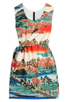 #Carven #Print, #Dress aus #Seide #, #Multicolor für #Damen - Go East! Der Print auf dem Wickel > Dress aus Seide von Carven erinnert an japanische Gärten  >  Seide mit Print in Multicolor, Rundhals, Reißverschluss am Rücken, seitlich gewickelt  >  Schmal geschnitten  >  Stylen wir mit Kitten > Heel > Pumps und einer Mini > Schultertasche