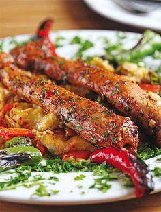 Yemek tarifi, pratik etli yemek tarifi, etli sebzeli yemek tarifi, küşleme nasıl yapılır, küşleme kalori ve diğer yemek tarifleri için tıklayınız.