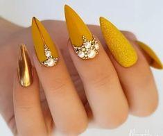Glam Nails, Bling Nails, Glitter Nails, Cute Nails, Pretty Nails, Shellac Nails, Stiletto Nails, Fall Nail Art Designs, Cute Nail Designs