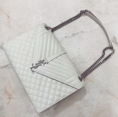 Online shopping from a great selection at Handbags & Wallets Store. Ysl Handbags, Luxury Handbags, Fashion Handbags, Ysl Bag, Chanel Boy Bag, My Bags, Purses And Bags, Tote Bags, Saint Laurent Bag