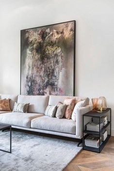 Modern Living Room Design And Decor Ideas 49 ~ TopInteriorsDesign.Com room designs modern Modern Living Room Design And Decor Ideas 49 Living Room Grey, Living Room Modern, Home Living Room, Interior Design Living Room, Living Room Decor, Interior Modern, Modern Sofa, Above Couch, Decoration Design