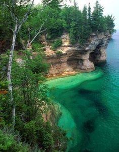 North Ridge hiking trail at Pictured Rocks National Lakeshore along Lake Superior, Michigan