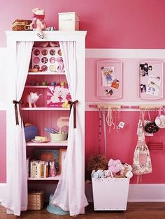 girls room idea for hanging storage and bookcase with curtains
