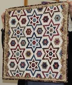 """Quilts In The Barn: Castlemaine Applique Group..  1/4"""" hexagons"""