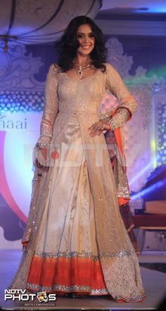 Hrishitaa Bhatt in  Beautiful Lehenga, via NDTV