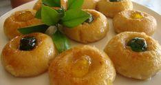 Ελληνικές συνταγές για νόστιμο, υγιεινό και οικονομικό φαγητό. Δοκιμάστε τες όλες Greek Sweets, Greek Desserts, Greek Recipes, Sweets Recipes, Cooking Recipes, Greek Cake, Greek Cookies, Butter Salmon, Sweets Cake