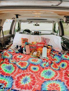 vsco sleepover from vsco Summer Goals, Summer Fun, Summer Nights, Summer Travel, Summer Vibes, Fun Sleepover Ideas, Sleepover Fort, Sleepover Activities, Family Activities