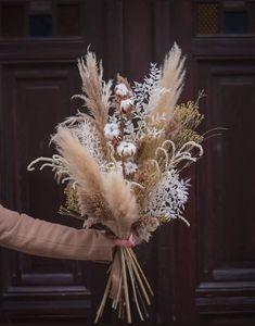 Labude Brautmode Köln - Dried flower bouquet with cotton and pampas Dried Flower Bouquet, Flower Bouquet Wedding, Dried Flowers, Floral Wedding, Fall Wedding, Rustic Wedding, Flowers Wallpaper, Dried Flower Arrangements, Bride Bouquets