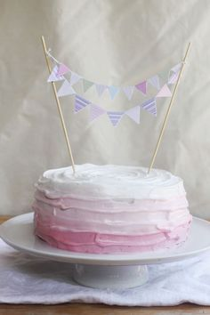 Four ingredient (gluten free, dairy free) sponge birthday cake! Recipe on emikodavies.com
