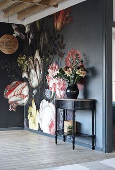 Bold floral wall mural on black background - dark and moody florals and unusual wallpaper are two of our top interior design trends of Read our feature for more ideas. Interior Design Tips, Interior Inspiration, Interior Decorating, Decorating Ideas, Luxury Interior, Decor Ideas, Wall Ideas, Decorating Websites, Mural Ideas