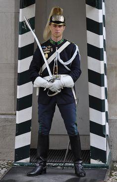 Guarda Nacional Republicana ( G. Police Uniforms, Police Officer, Soldier Haircut, Prince Suit, Sexy Military Men, Portugal, Honor Guard, Men In Uniform, Cops